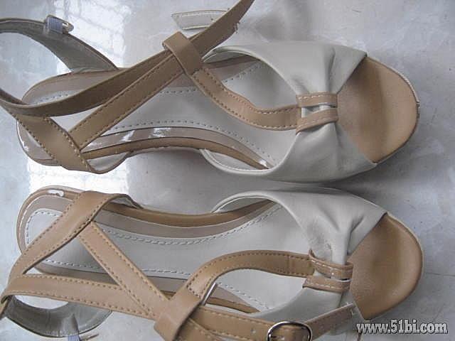 淘宝网的19.5元2013新款高跟鞋松糕坡跟鞋罗马鱼嘴鞋夏季高清图片