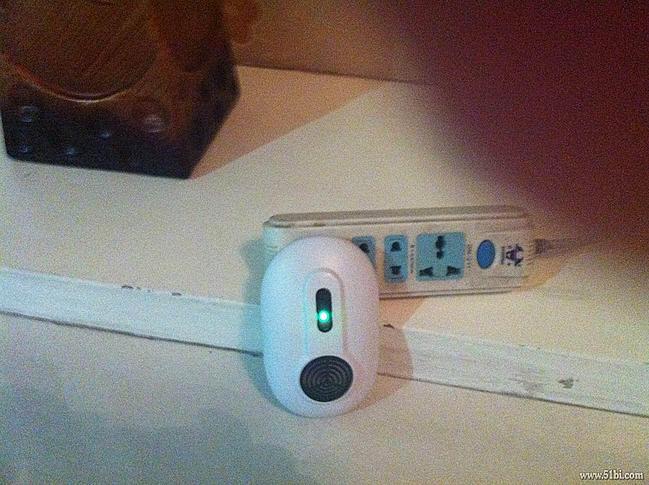 很管用的电子驱鼠器灭鼠器电子猫家用捕鼠器