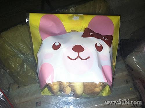 可爱的卡通饼干袋,六一送小朋友很合适