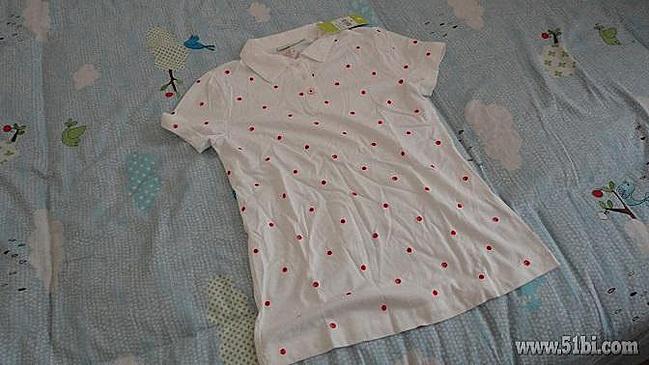 老单新晒 3月份买的阿迪达斯白底红色圆点绣花短袖POLO衫