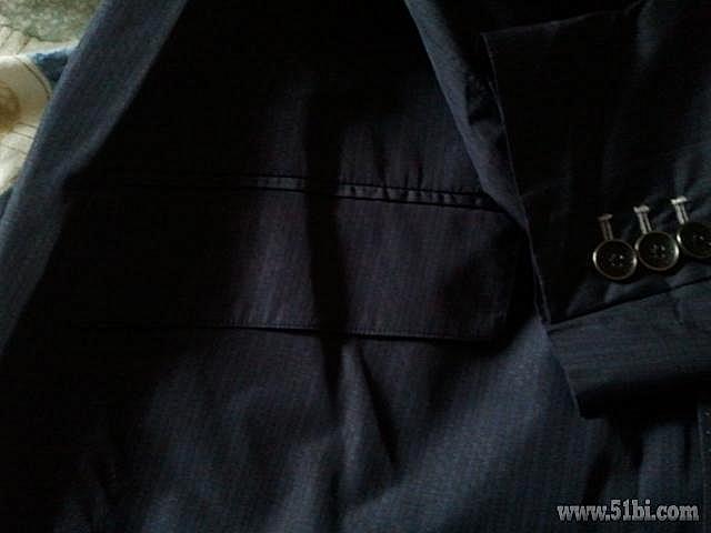 雷诺/主题:优购99元购入的法雷诺秋季新款男装西服