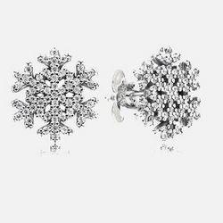 PANDORA 潘多拉 290589CZ 闪亮的雪花925银耳钉