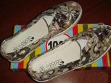 PUCCA时尚印图卡其色帆布鞋