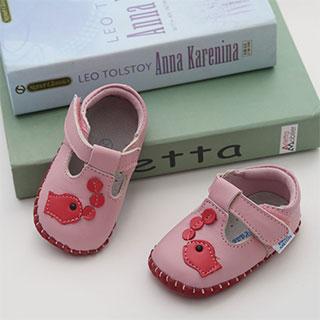 春秋季男女幼儿软底婴儿鞋0-1-2岁