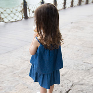 儿童纯棉吊带牛仔裙