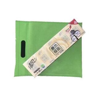 无纺布袋1个+手帕纸1条