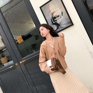 毛衣外套+吊带长裙两件套