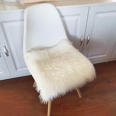 家用仿羊毛长毛绒飘窗坐垫
