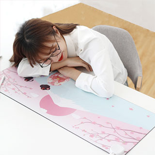 办公室桌面发热暖桌垫