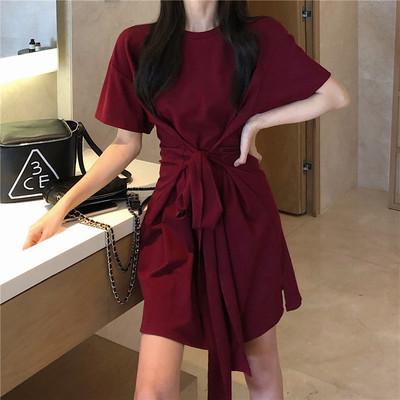 高級感收腰顯瘦連衣裙