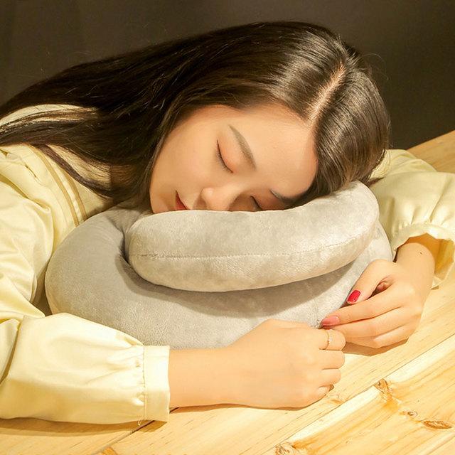 午睡枕抱枕办公室趴趴枕午休枕