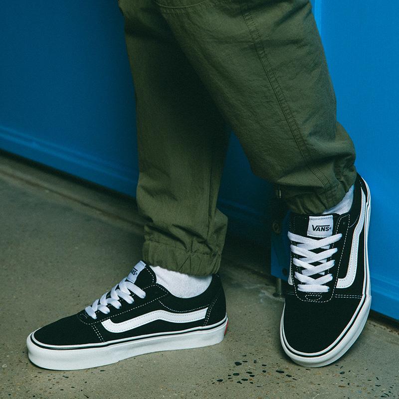 VANS范斯黑白条纹板鞋