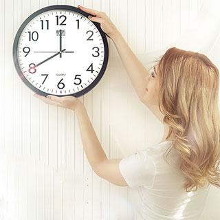 简约现代静音电子钟
