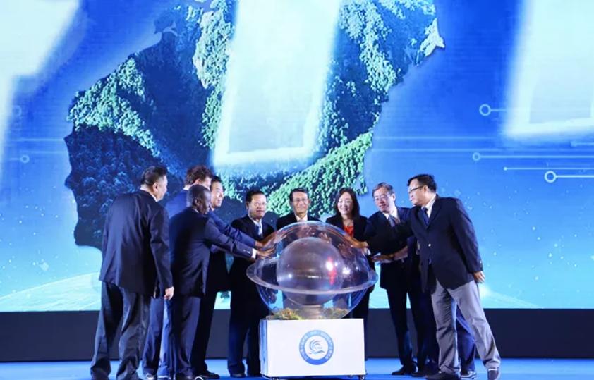 鱼通鲜与中信海洋一道出席第十届海洋博览会大放异彩!