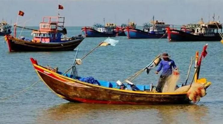 维护渔民利益!中方紧急出动海警,成功抓获40艘越南非法船只!